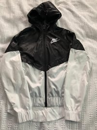 Women's Nike Windbreaker  Innisfil