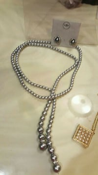 GREY PEARL FOLD AROUND  NECKLACE AND CLIP EARINGS Fair Lawn, 07410