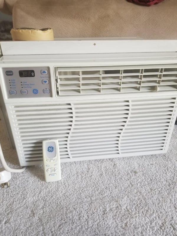 Window AC unit - GE 8000 BTU 946816d9-8c1c-442f-b275-8026eba379e6