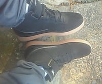 pair of black Nike low-top sneakers Lincolnia, 22312