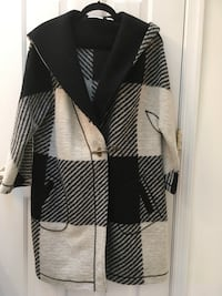 Black and white coat. XL Potomac, 20854