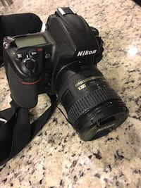 Nikon D700 DSLR Camera With Nikon AF-S DX NIKKOR 16-85mm f/3.5-5.6G ED Lens & Carry Speed Case/Sling