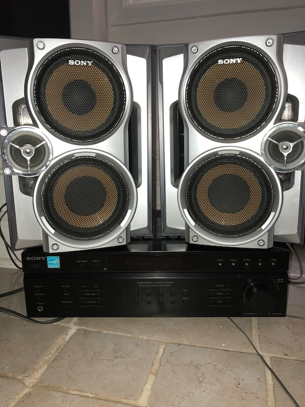 Sony FM-AM stereo W/Sony Subwoofer Speakers