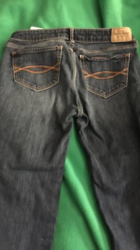 Ladies Size 24 width and 33 length Abercrombie & Fitch jeans excellent condition Cedarville, 72956