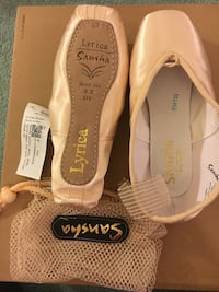 reputable site 0a2c8 dc81b Used Pointe shoes, New, Sansha 9 X, model 404 - lyrica for sale in  Cockeysville