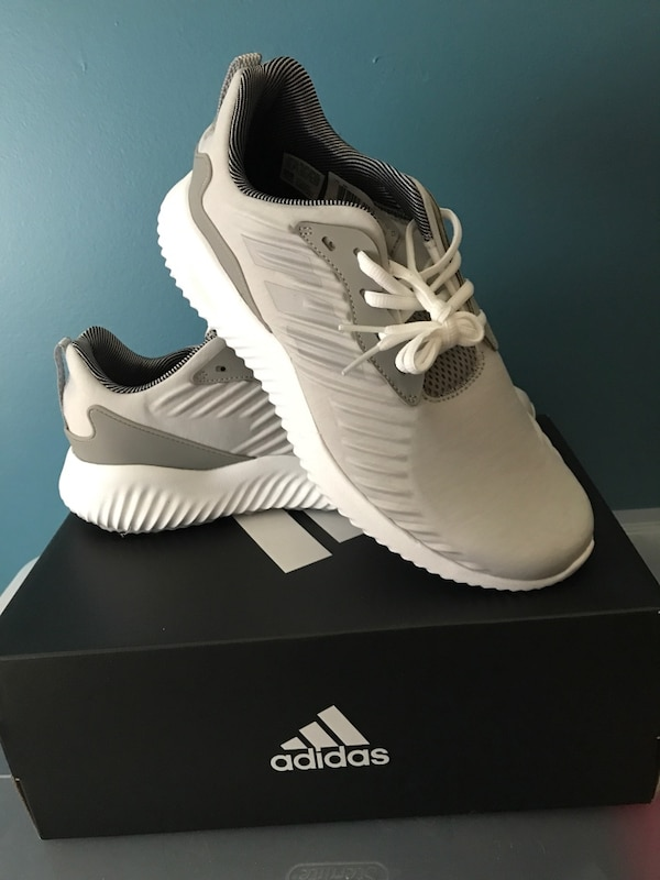 b68a0ca1d Used Brand New adidas alpha bounce for sale in Lincoln Park - letgo