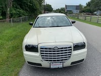 Chrysler - 300 - 2005 Temple Hills
