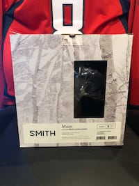 2018 Smith Maze (S) Brand new in box 43 km