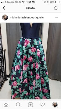 black, green, and pink floral sleeveless dress Sinking Spring, 19608