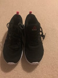 Reebok women's shoes size 9.Brand new with box  Ballwin, 63021