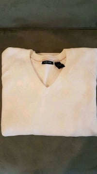 Small Izod Solid White V-Neck Sweater Richmond Hill, L4S 2P8