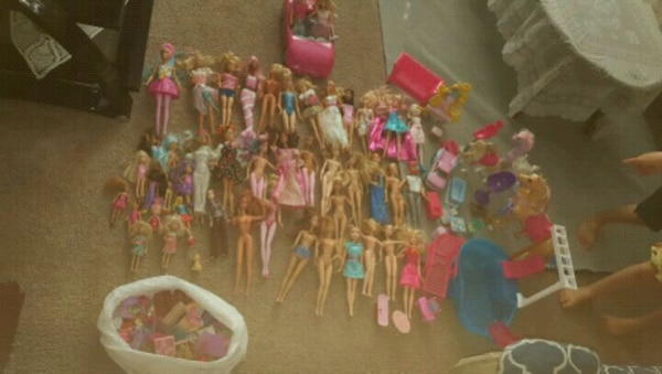 Sensational 44 Barbie Dolls With Cars Horses Pool Furniture Pdpeps Interior Chair Design Pdpepsorg