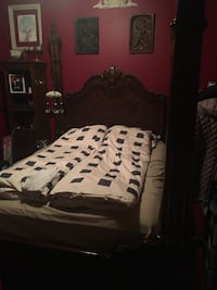 Queen bed with posts