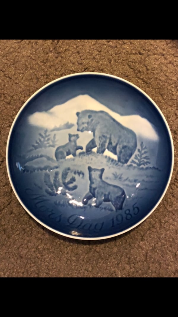 Copenhagen Mother's Day Plates 59cd2a0c-a960-48dc-bc93-000658f03386