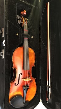 brown violin with bow and case Germantown, 20874
