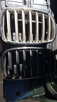 BMW front grille  Toronto, M6R 2Y1