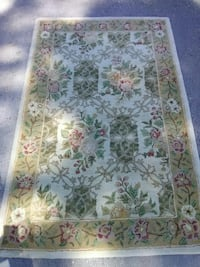 green and white floral area rug Skokie, 60076