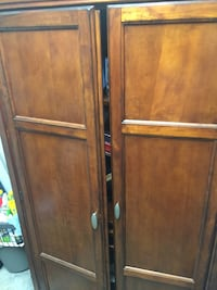 brown wooden 2-door cabinet Delray Beach, 33484
