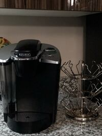 Limited Edition Kuereg coffeemaker with pod holder (EUC only used distilled water on it) Edmonton, T6R 0R6