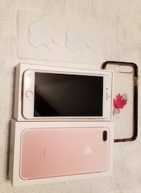 Rose gold iphone 7 plus with box and case Stony Plain, T7Z 1M9