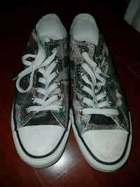 pair of gray Converse All-Star low-tops Mississauga, L4T 1B2