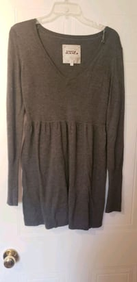 Sweater dress  Mississauga, L5M 5K4