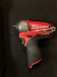 Milwaukee 12v 1/4 inch impact wrench and charger