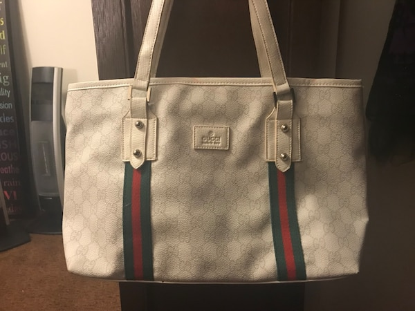 White Gucci purse