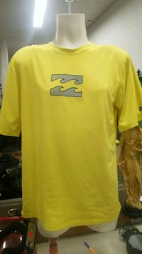 yellow and black Nike crew-neck t-shirt Winnipeg, R3G 0E2