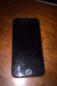 iPhone 7 with faulty battery and replacement battery  Bowie, 20720