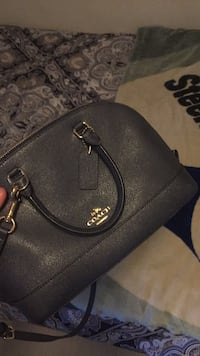 coach purse Cathedral City, 92234