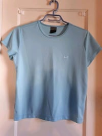 Size Small Nike Top -  SEE MY OTHER LETGO ITEMS  London, N6B 2K6