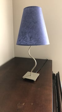 blue and white table lamp Chantilly, 20152