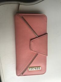 Great condition  Lioner wallet Coquitlam, V3H