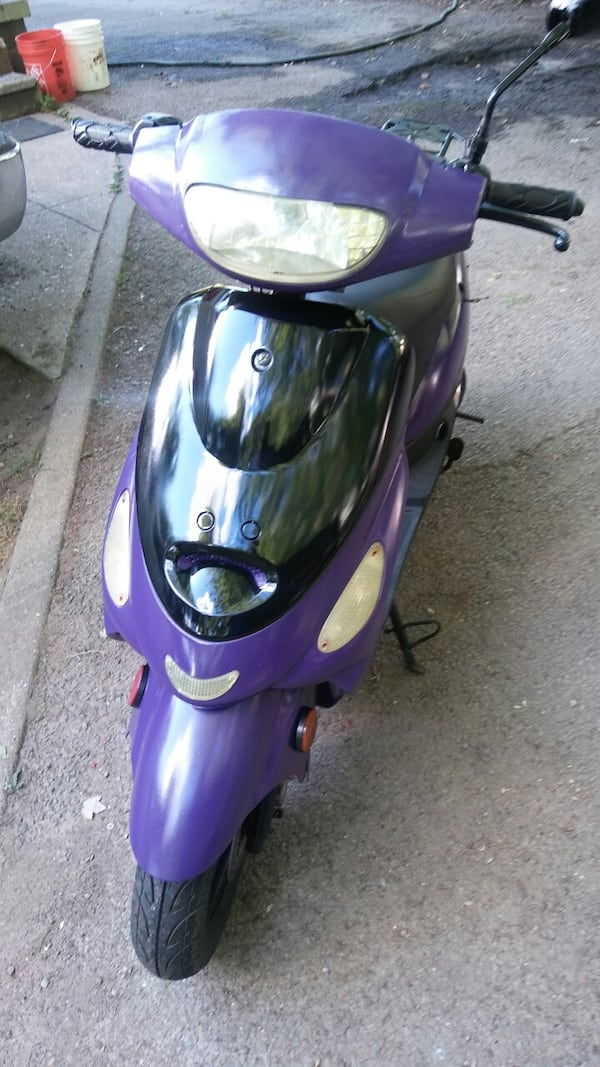50cc Motor Scooter Purple Fast S'ooter. Just Refurbished!! Runs Great! 2ced6b61-53ea-4e05-be80-55038867dc92
