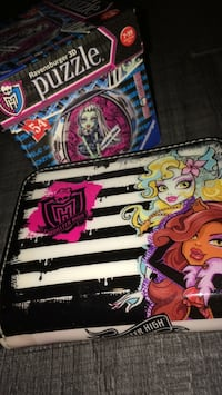 Lot de puzzle en 3D rond + un porte feuille monster high  Wattrelos, 59150