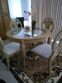 table chairs Moreno Valley, 92555