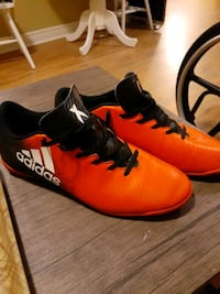 Mint condition adidas x series size 9