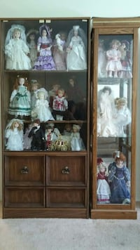 Ceramic doll collection. London, N6J 1T4