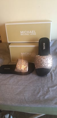 Michael Kors Girls Slide Sandals Size 13 Hanover, 21076