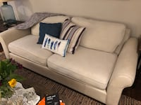 Pottery Barn Linen/Canvas Couch Calgary, T3H 4W3