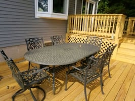 Outdoor patio set . 7 pieces