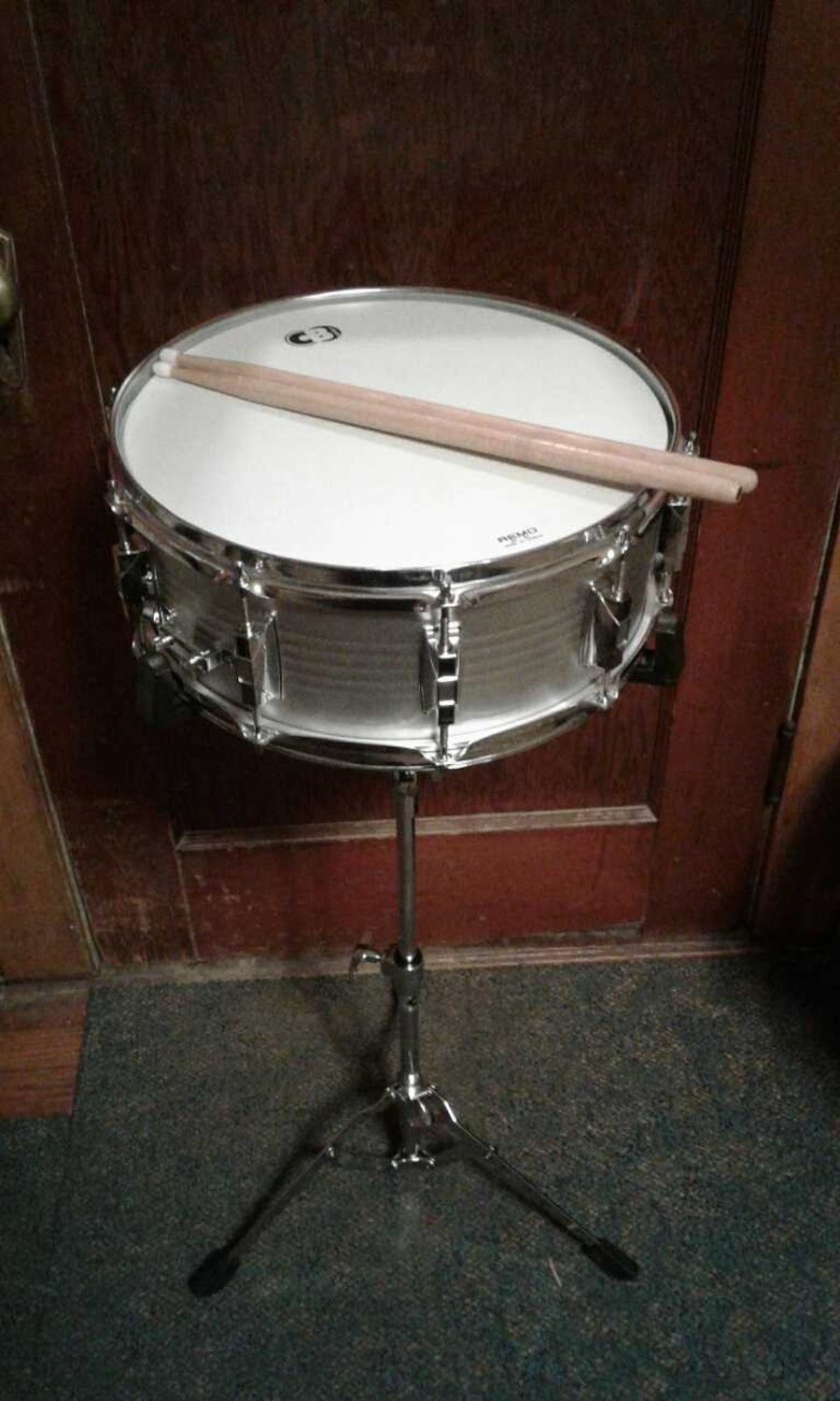 used silver cb remo snare drum in clarks summit. Black Bedroom Furniture Sets. Home Design Ideas