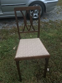 Vintage fold up chair :