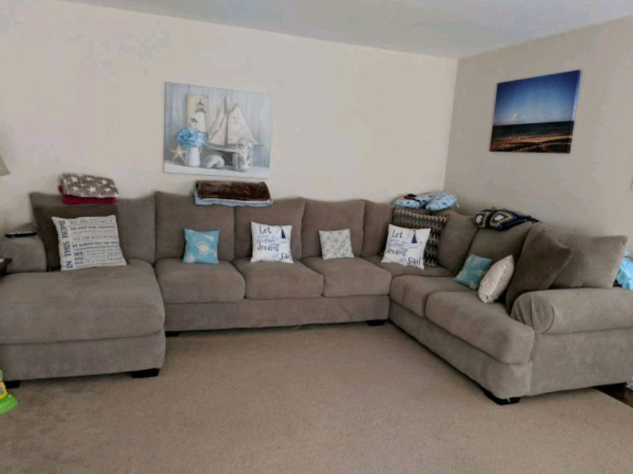 Mosley 3 Pc. Chenille Sectional