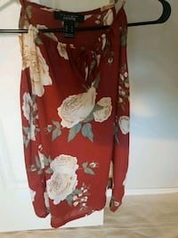 red and white floral long-sleeved dress Coquitlam, V3B 8A6