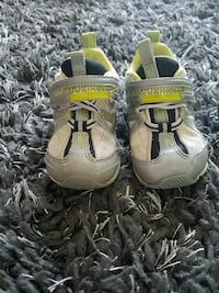pair of toddler's gray-and-green Tsukihosh velcro shoes