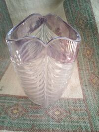 Glass vase clear with pink
