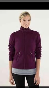 Lululemon keep it cozy jacket size 10 ~ bordeaux drama ~ retails $150+ super soft rulu Surrey, V4N 6A2