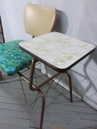 REDUCED - Vintage Retro Telephone Table. Ottawa, ON, Canada